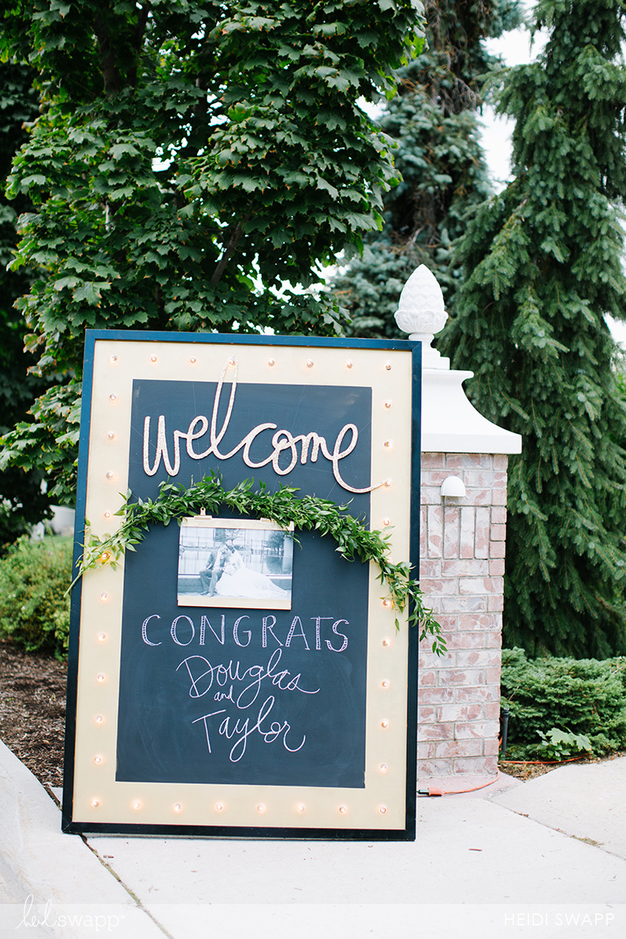 View More: http://elizabethlawlorphotography.pass.us/heidi-wedding