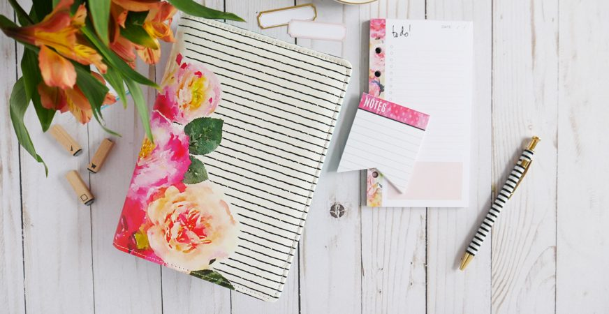 How To Add Tabs To Your Heidi Swapp Planner by Jamie Pate | @jamiepate for @heidiswapp