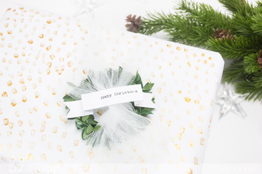 Hand painted gold gift wrap for the holidays! by @createoften for @heidiswapp